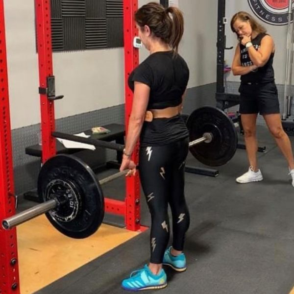 inna koppel coaching a deadlift