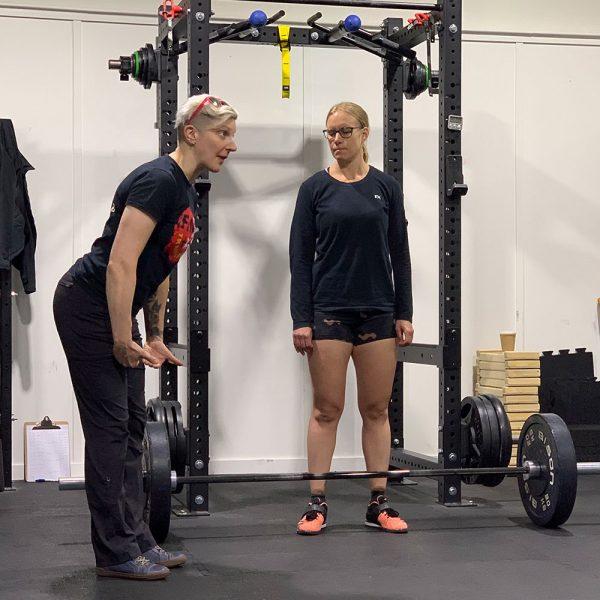 emily socolinsky coaching the deadlift